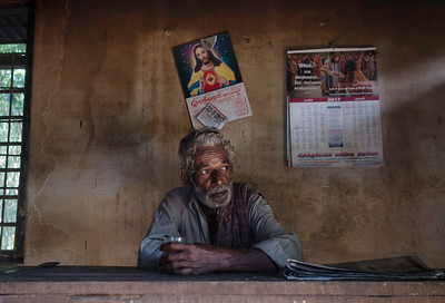 Yesudas 62 has an astonishing facial similarity with Jesus, sips his tea in a local teashop before leaving for the sail. In everyday articles like calendar, poster, clocks are heavily adorned the symbols of Christianity.