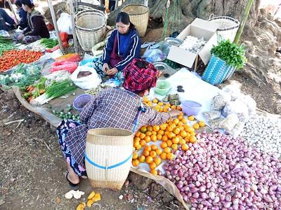 Taung Tho Market