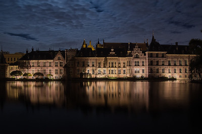 Binnenhof Reflection on the Hofvijver
