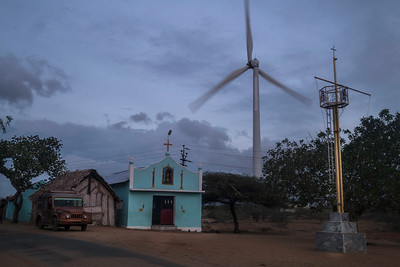Apart from the big church structure, thee are smaller churches and chapel dotted on the Beach Road along the coastal area. On the way from Colachel  to Kanadukathan, the wide landscape is filled with windmills.
