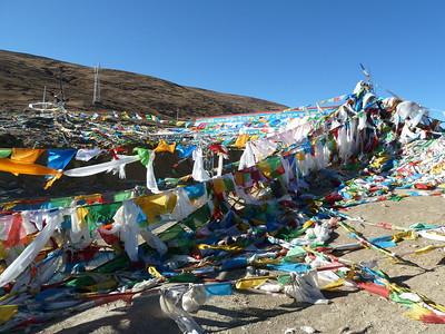 Shigatse to Everest Base Camp and Zangmu