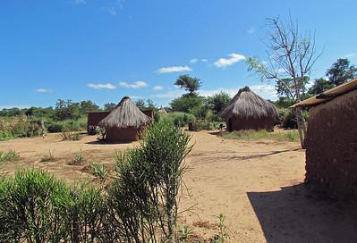 13 - Victoria Falls Area (Zambia)