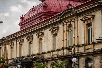 Exterior del Teatro Nacional de Costa Rica. Costado Norte.