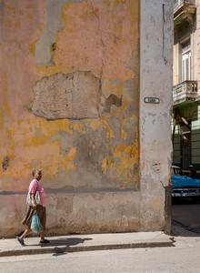 Walking on Cuba