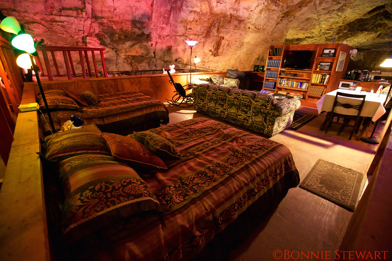 """""""Hotel Room"""" in the Grand Canyon Cavern - 21 stories underground"""