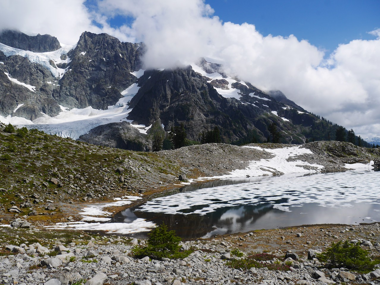 Lake Ann Hike - Mt Shuksan