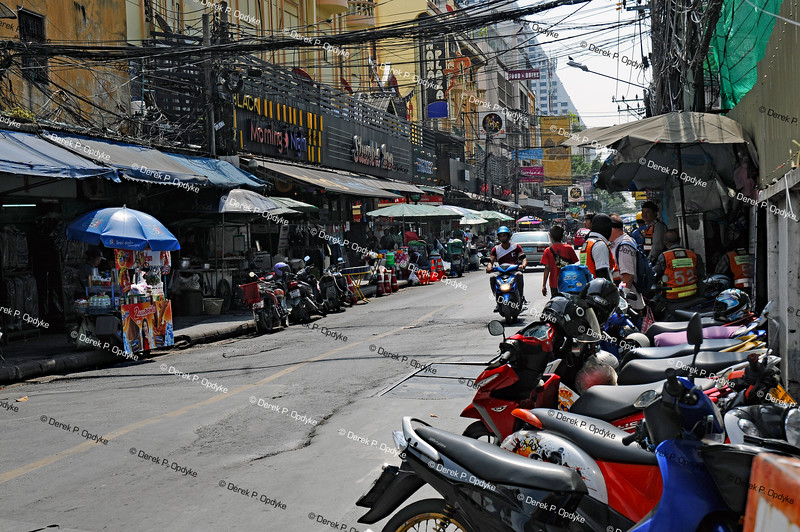 Bangkok, Nov 22nd, 2016 - Nana Tai Alley (Sukhumvit 4 Alley)