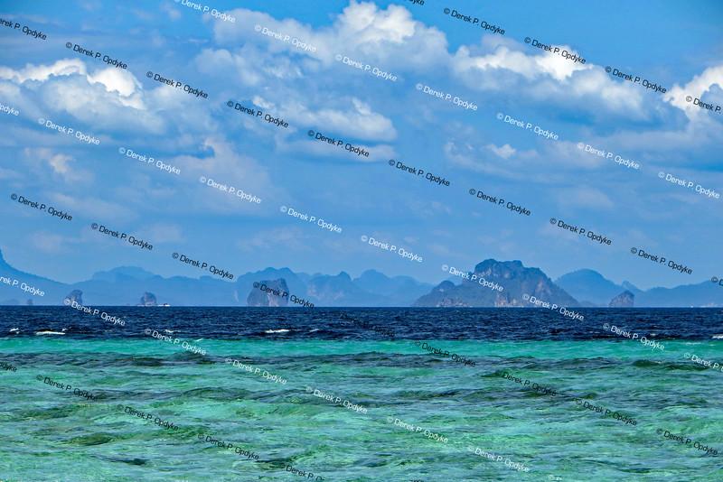 Ko Mai Phai Island, Nov 26th, 2016 - Bamboo Beach (towards Krabi)
