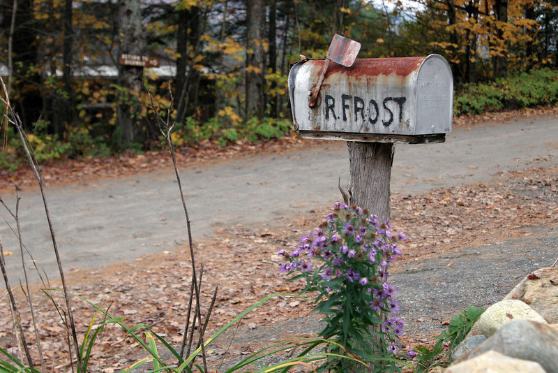 Robert Frost mailbox in New Hampshire