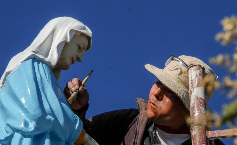 45  Mutual respect, La Recoleta convent, Sucre