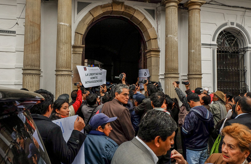 65  Protest at City Hall, Sucre