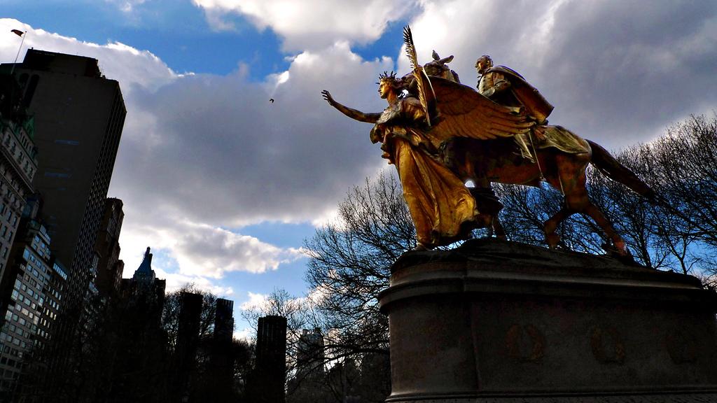 General Sherman, Central Park