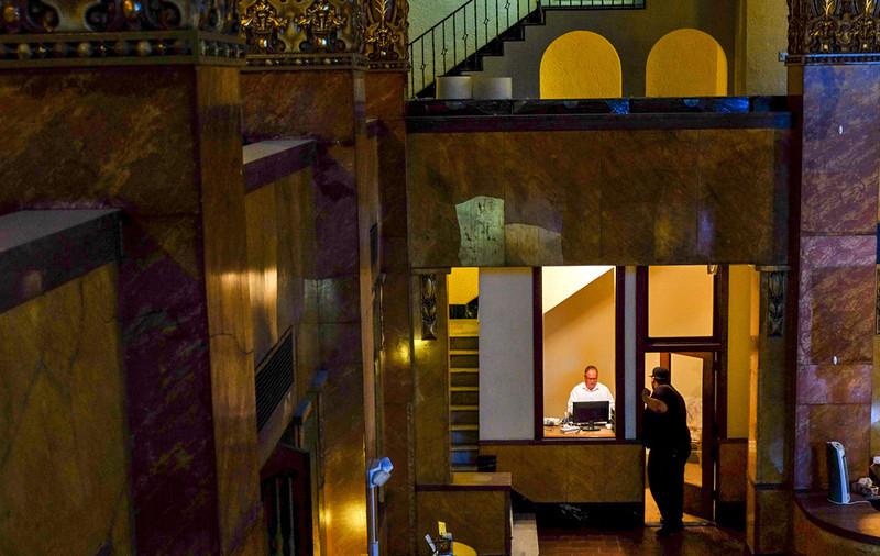 55  Managerial moment, Gadsden Hotel, Douglas, Arizona