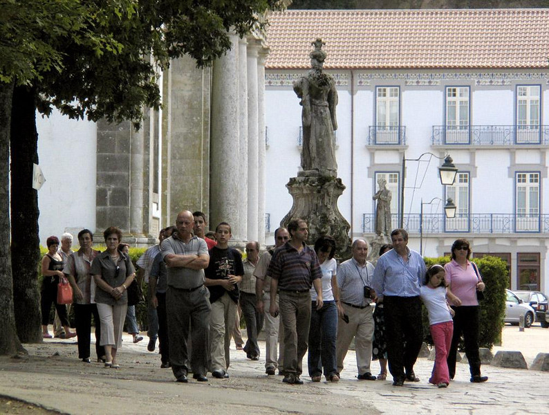 Tourists, Bom Jesus Shrine, Braga - Braga, capitol of Northern Portugal's Minho province, draws many tourists to the hilltop Bom Jesus Shrine, most of them Portugese.