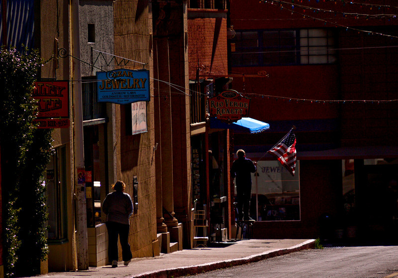 Flags out, Bisbee