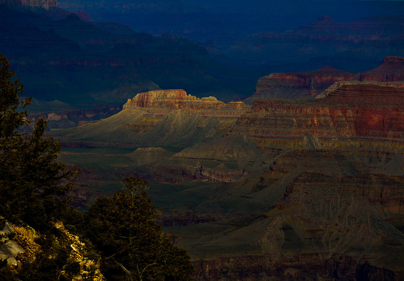 Early light, Grand Canyon