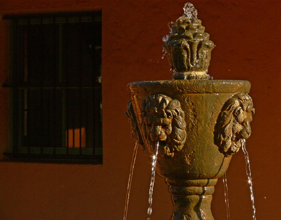 Fountain, La Posada Hotel, Winslow - La Posada Hotel in Winslow is an elegantly restored Harvey House along the tracks of the Burlington Northern Santa Fe railroad. This fountain stands near the Amtrak Depot adjacent to the hotel.