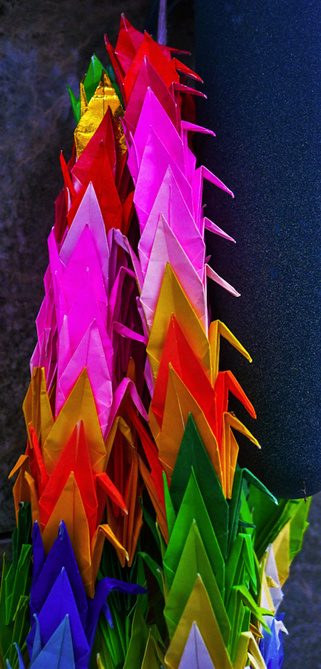 Origami grave decoration, Forest Lawn Memorial Park, Hollywood Hills, California