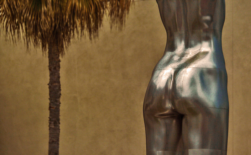 Torso, Rodeo Drive, Beverly Hills, California