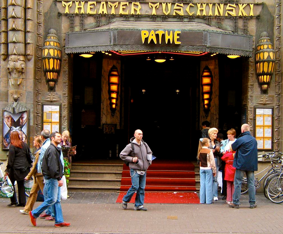 Theatre Tuschinski, Art Deco Masterpiece - Crowds gather in the street outside Abraham Tuschinski's Cinema and Theatre, which opened in 1921 and has been a magnet for lovers of Art Deco ever since.
