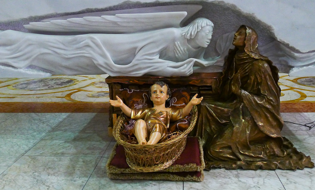 Altar sculptures, Belem