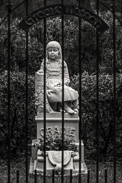 22 Gracie's grave, Bonaventure Cemetery, Savannah, GA