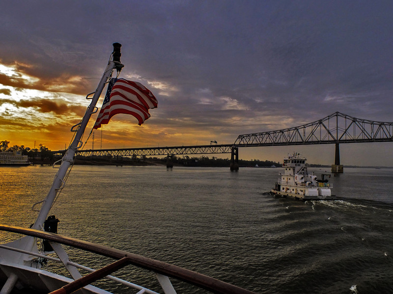 Dawn on the Mississippi, Baton Rouge, Louisiana