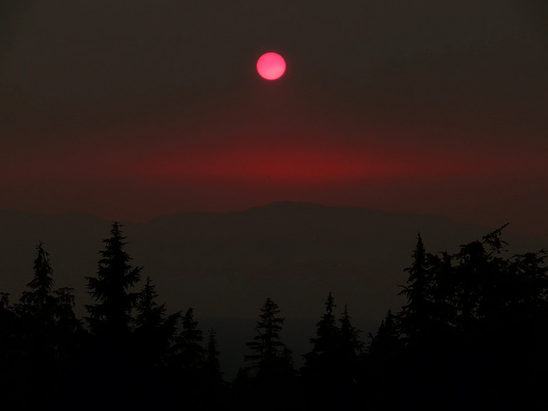 Red moon, Crater Lake, OR