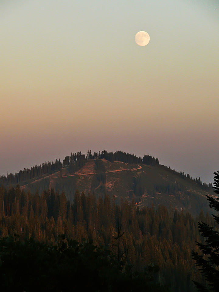 Moonrise near Shasta