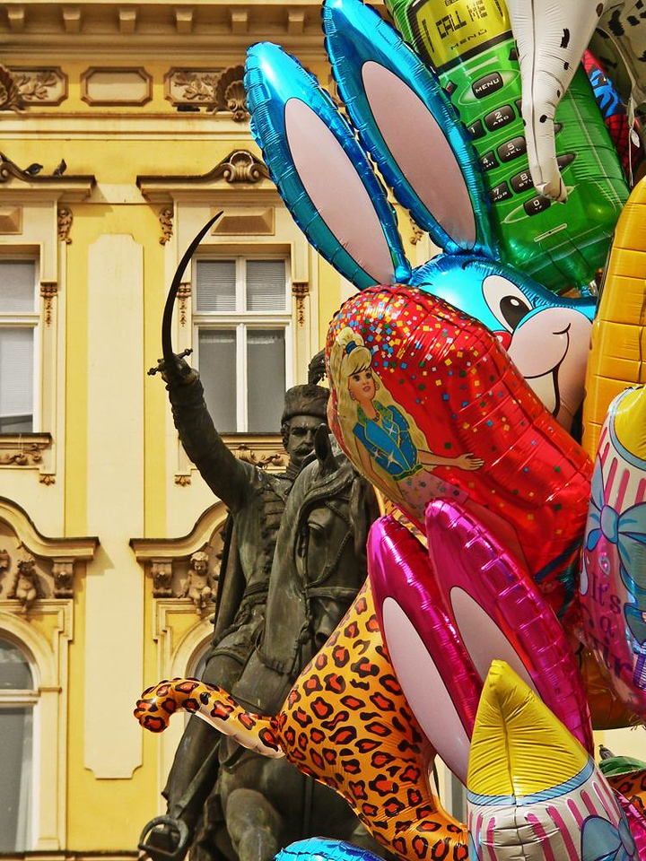 Chasing rabbits and others - The equestrian statue of Jelacic -- depicting a hero who once led an army of 40,000 soldiers in a futile quest for Croatian independence -- now chases, equally futilely, an army of colorful baloons in Zagreb's Jelacic Square.
