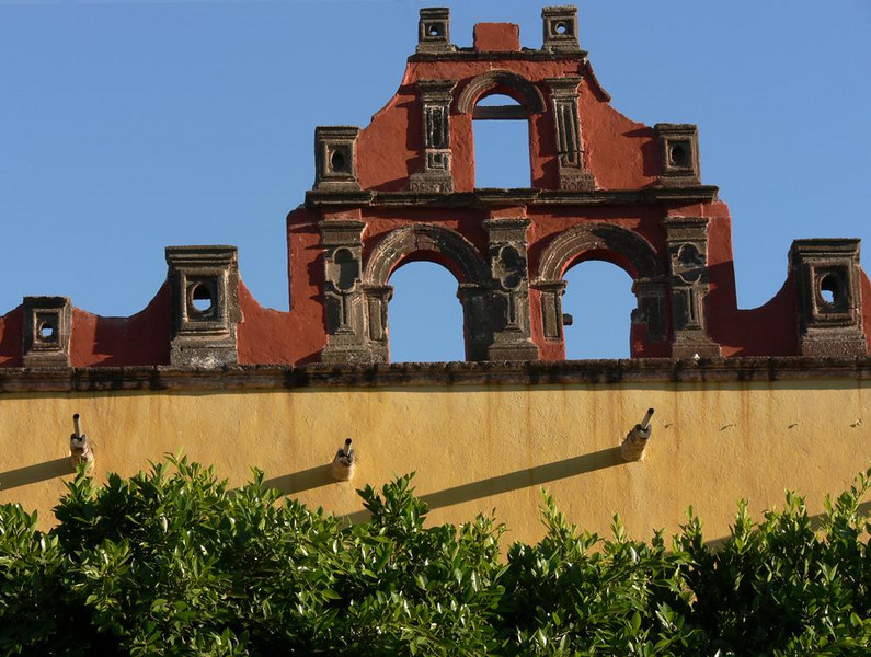 Façade, Plaza Civica - The ruins of a former convent stand near the church of San Francisco in San Miguel