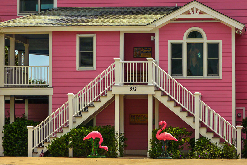 50  Pink lodging, Island of Palms