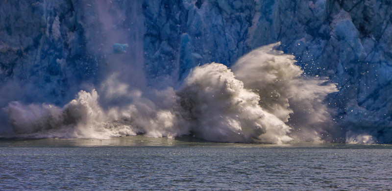 46  Explosive calving at Dawes Glacier, AK