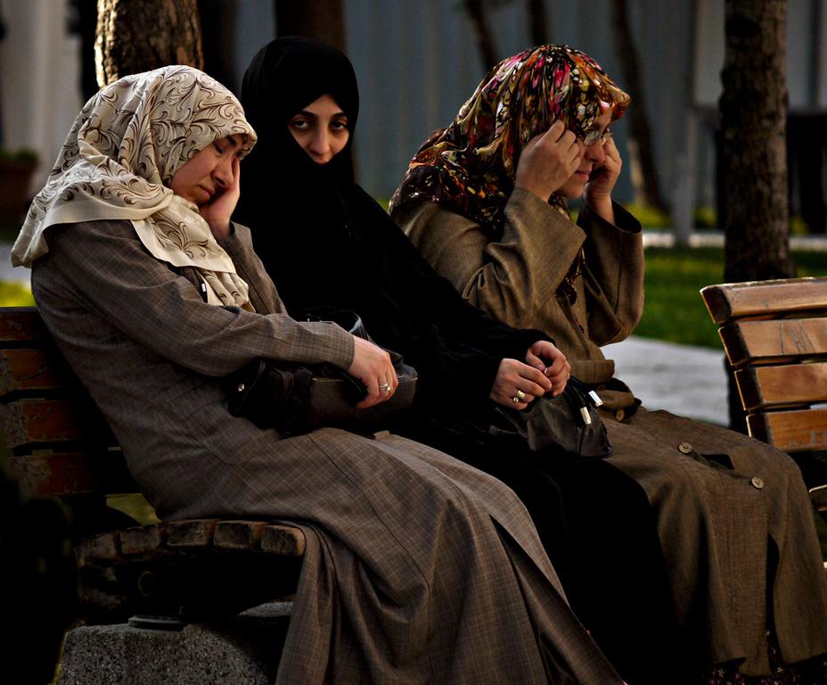 Visitors, Suleymaniye Mosque, Istanbul