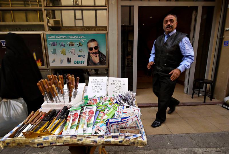 Cultery salesman, Istanbul