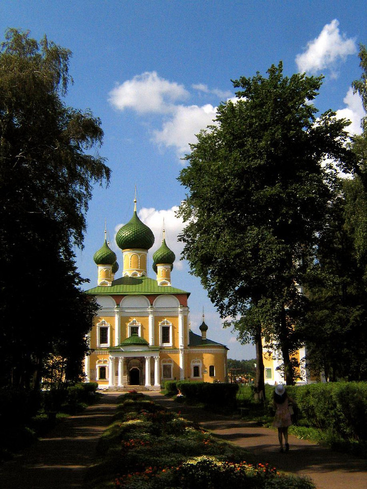 Uglich on the Volga, city of churches - The green onion domes of Uglich's medieval cathedral have been a landmark along the Volga for centuries.