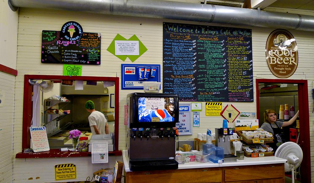 Cafe, Lake Quinault, Washington