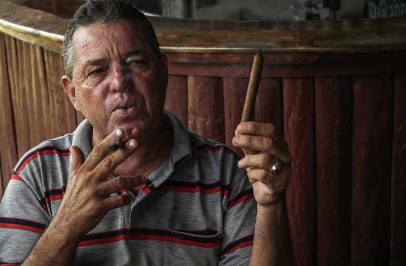 Cigar roller, Havana