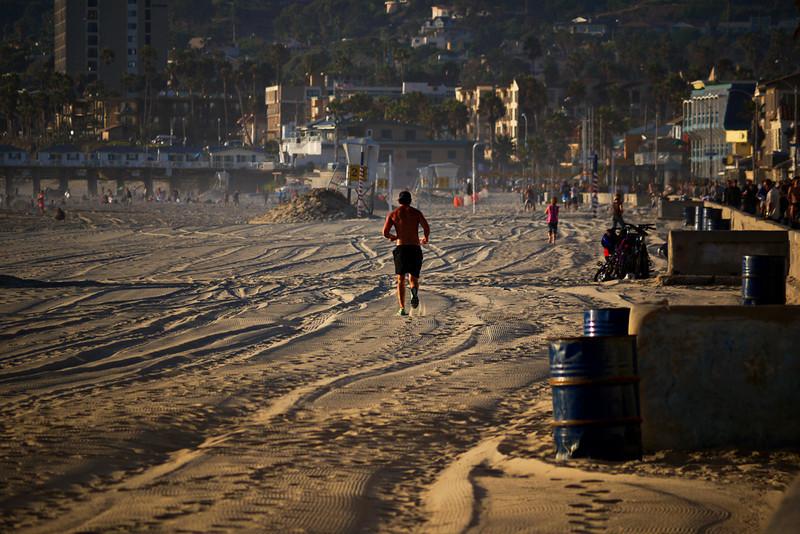 Sunset run, Mission Beach