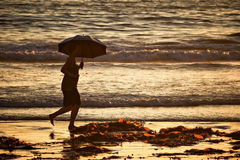 No rain in sight, Mission Beach