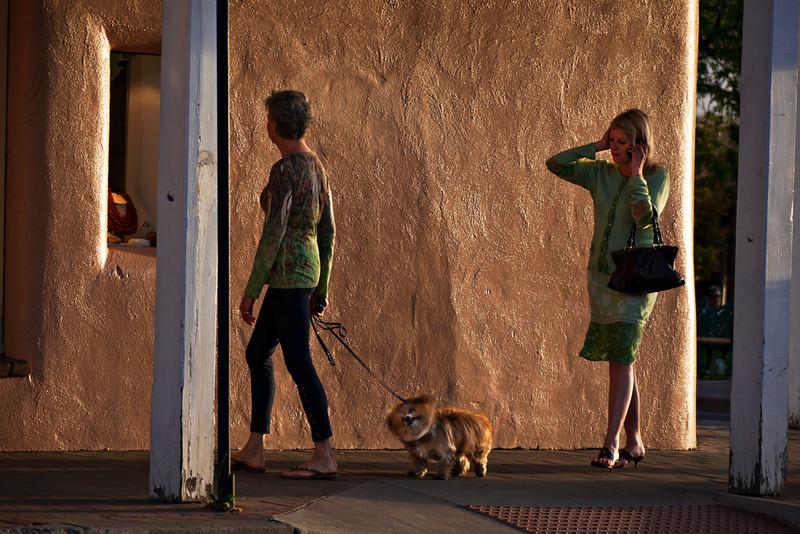 Walking the dog, Santa Fe