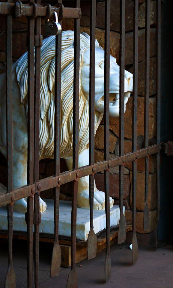 Marble lion, Santa Fe