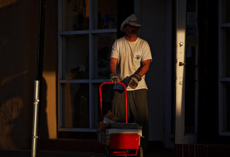 Worker, Santa Fe
