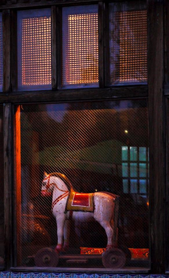Hobby Horse, Santa Fe