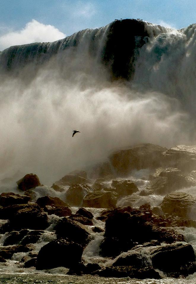 3  Flight, Niagara Falls, NY