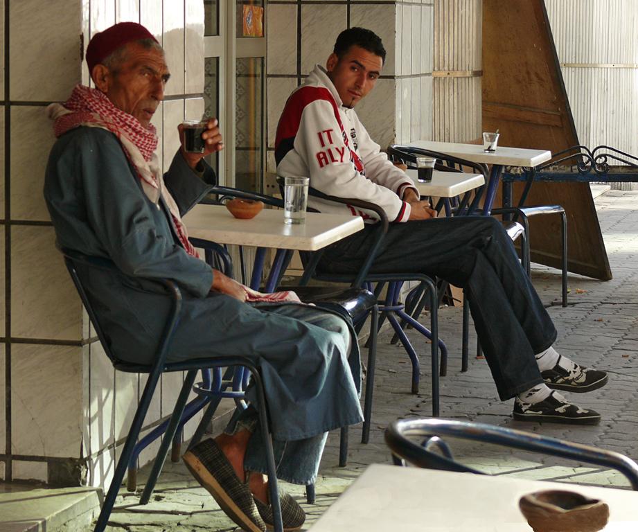 Ages apart, Sousse