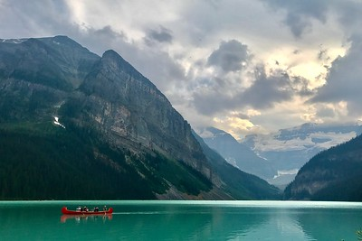 Canoe on Lake Louise (Aug 1)
