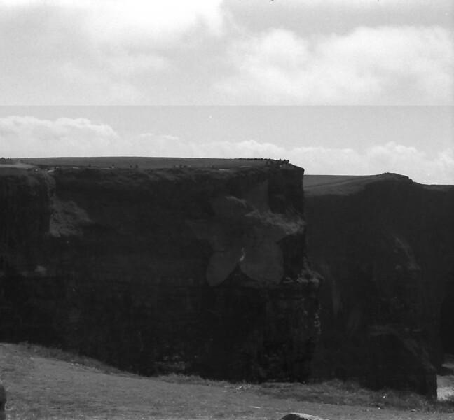 22 7-9-06 Cliffs of Moher