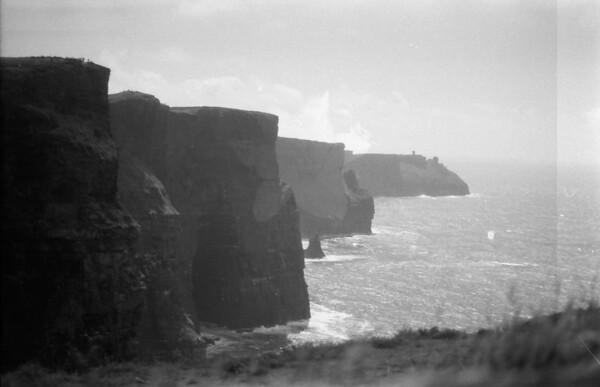 29 7-9-06 Cliffs of Moher