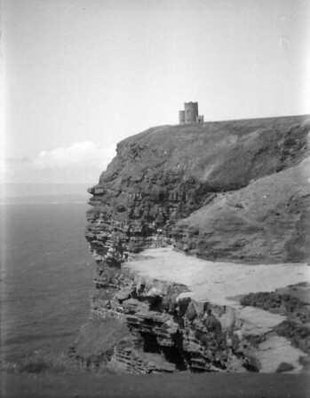 33 7-9-06 Cliffs of Moher